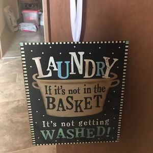 Laundry sign 🧺